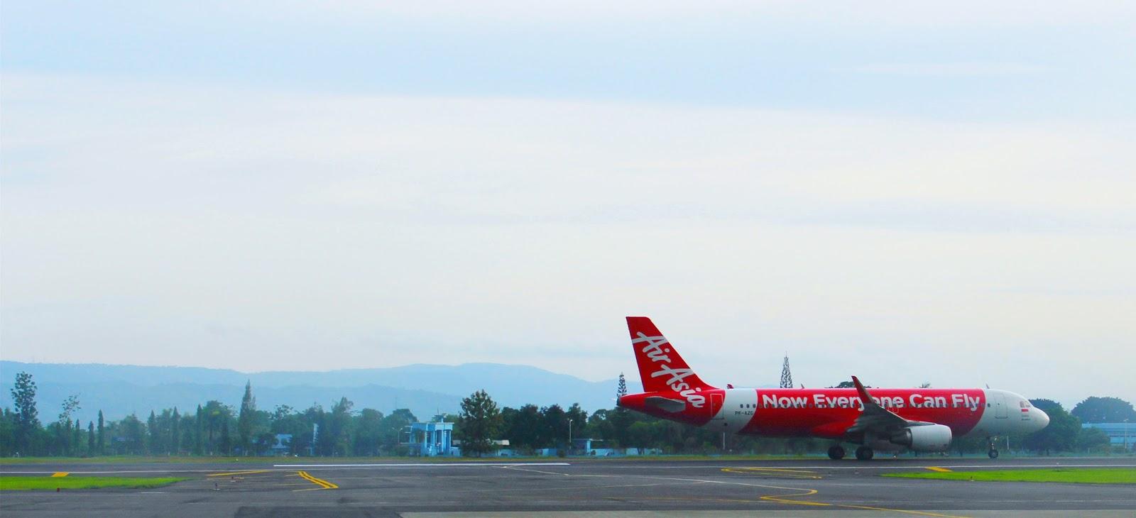 Foto Pesawat di Bandara Adisucipto Yogyakarta