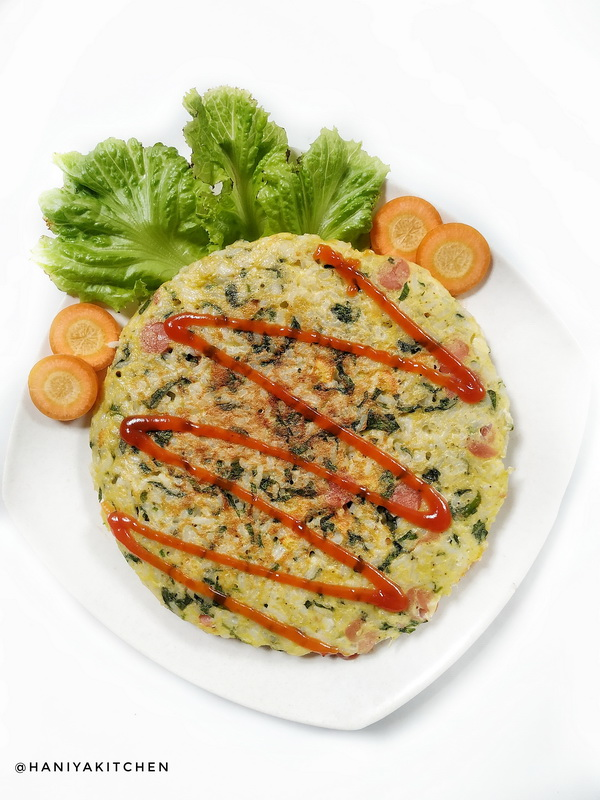Omelet Nasi Sayuran atau Vegetable Omelette Rice