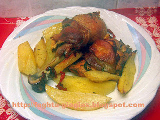 Κοτόπουλο με μπέικον στη γάστρα - από «Τα φαγητά της γιαγιάς»
