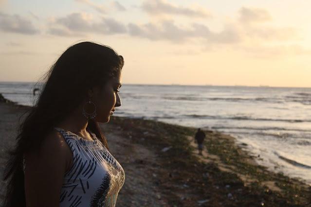 South Indian Actress Rajisha Vijayan Photo Gallery Navel Queens