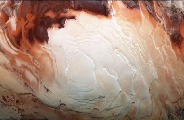 ESA vô tình tìm được nơi đầy nước, sống được ở hành tinh khác?