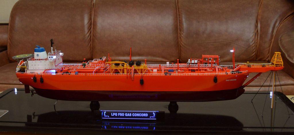 foto gambar kapal miniatur kapal gas concord lpg vlcc vessel tanker offshore ship pt pertamina planet kapal rumpun artwork terbaru
