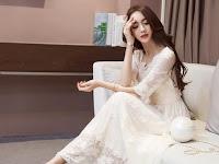 8 Gaya Berpakaian Menggunakan Baju Casual Wanita Ala Artis Korea