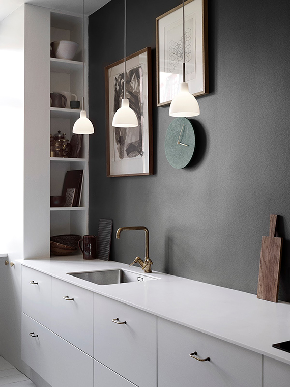 Black kitchen wall | Photographer: Pia Winther, Stylist: Lene Rønfeldt