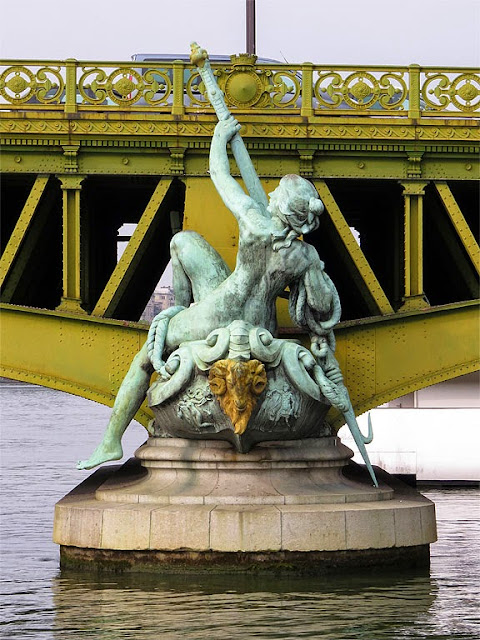 Commerce by Jean-Antoine Injalbert, Pont Mirabeau, Paris