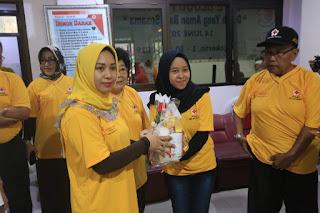 Ikuti Aksi Donor Darah, Ning Ita : Momentum Saling Peduli