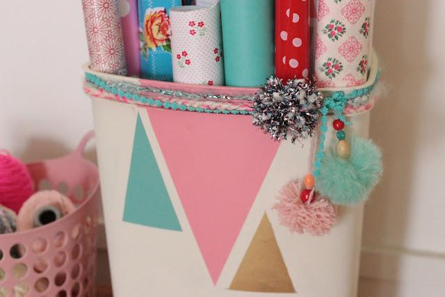 ranger rouleaux papier cadeau