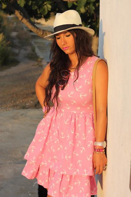 http://silviparalasamigas.blogspot.com.es/2015/07/vestido-anclas-kling.html