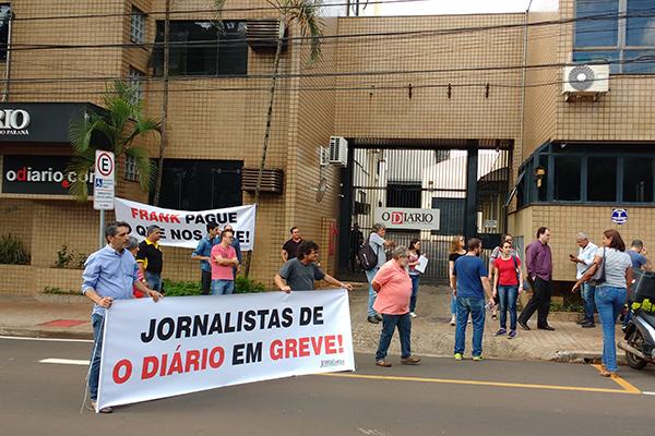 Ato da greve dos jornalistas em frente a O Diário, em 14.02.2018