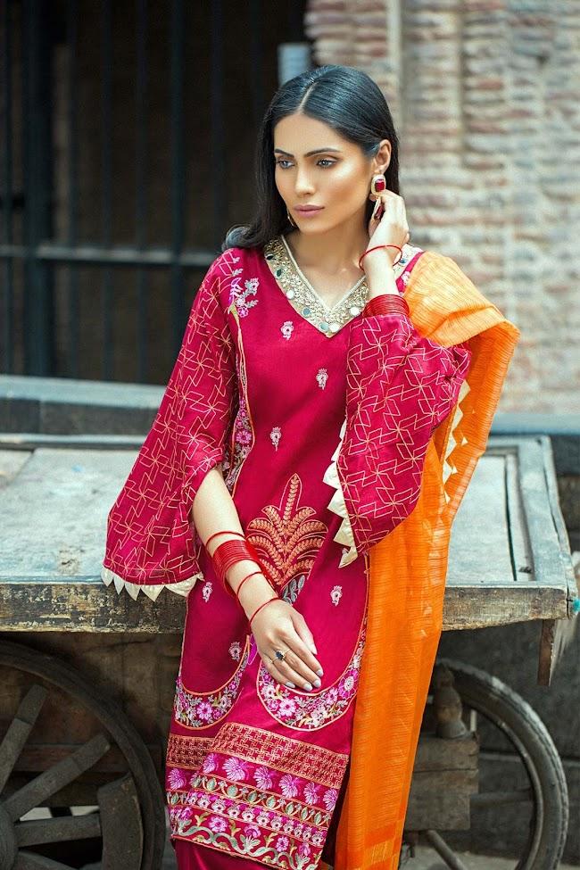 Crimson color jacquard 3 PC Dresses Taana Baana collection