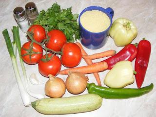 retete cu couscous, ceapa, ardei, telina,rosii, morcovi, patrunjel, usturoi, ceapa verde, dovlecel, cuscus, retete culinare cu legume, preparate culinare din legume, legume proaspete,