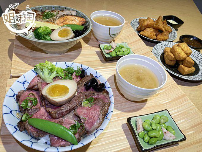 厚切烤牛肉爽快撒在丼飯上,高雄瑞隆路上的優質燒肉屋,魚豚雞樣樣俱全的主餐-醞 燒肉丼飯屋