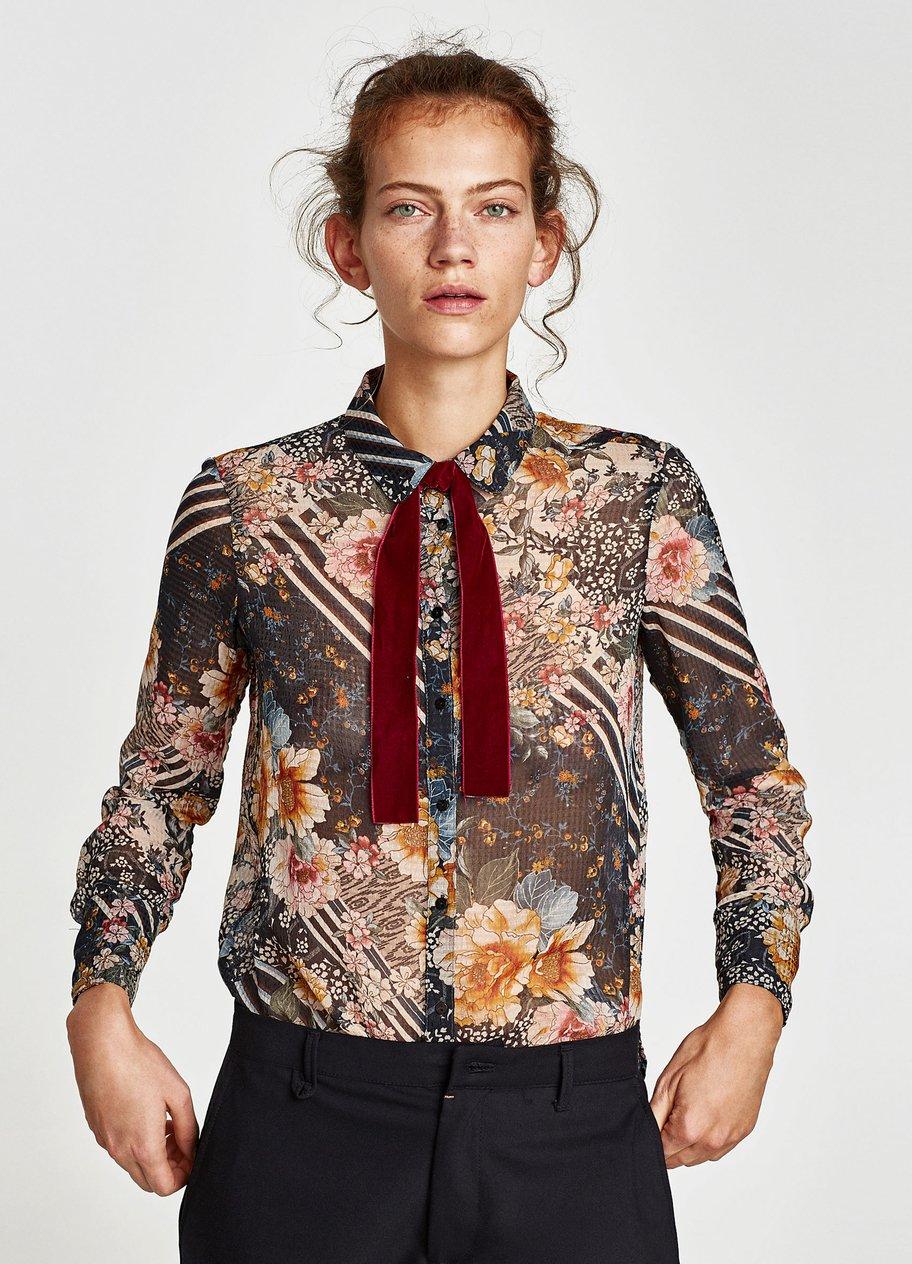 Patchworkbluse mit Blumenprint von Zara