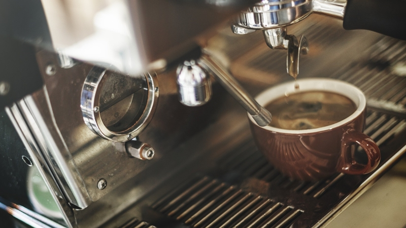 Kahve Pişirmenin En Pratik Yolu: Kahve Makinesi