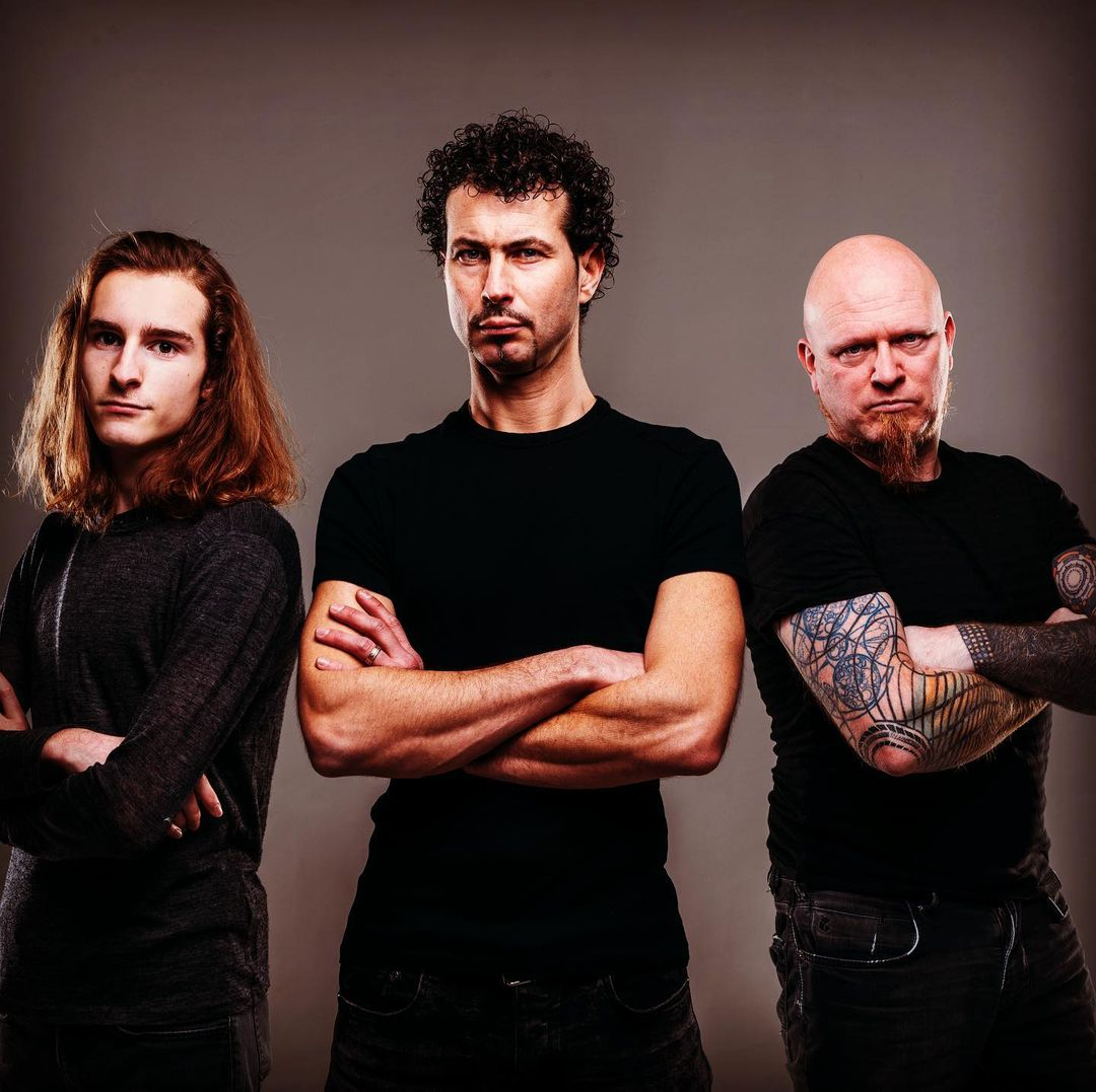 Music Audition. Discover Melodic Death Metal music, stream free and download songs & albums, watch music videos and explore East Flanders's independent/emerging music scene with Fragmentum