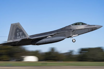 USAF deploys F22 Raptor Guam