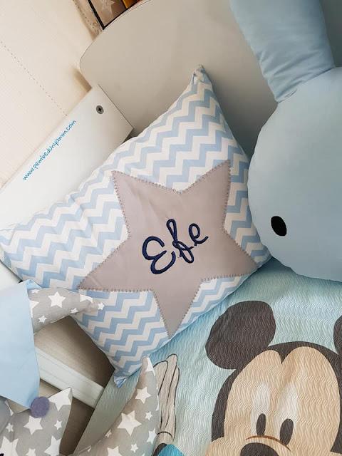 bebek odası isme özel yastık