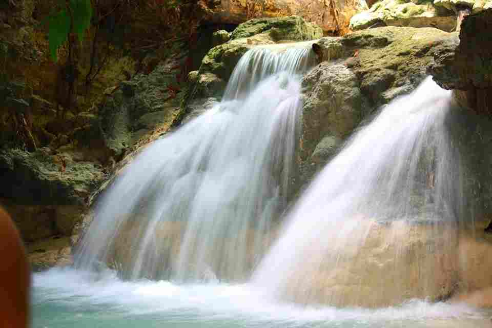 The Most Magnificent Waterfalls and Unique Soothing Aguinid Falls in Samboan Cebu Philippines 2018