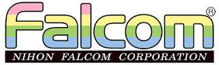Logo textual de Falcom (Nihon Falcom Corporation. Letras con bandas horizontales en colores, de arriba hacia abajo: rosa pálido, amarillo, verde claro y azul claro