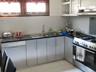 Kitchen Set L Shape (Bentuk L) - Kitchen Set Semarang - Custom Furniture Semarang