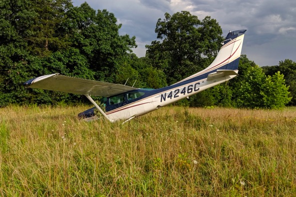 Kathryn's Report: Cessna R182 Skylane RG, N4246C: Incident