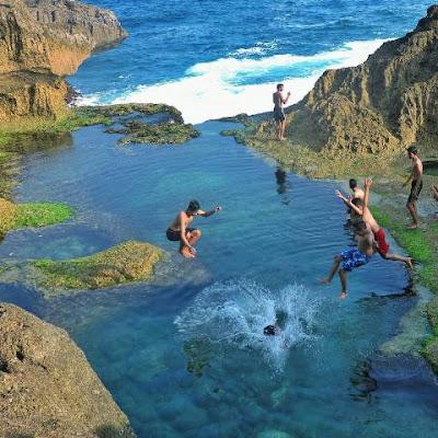 Pantai Kedung Tumpang eksotis