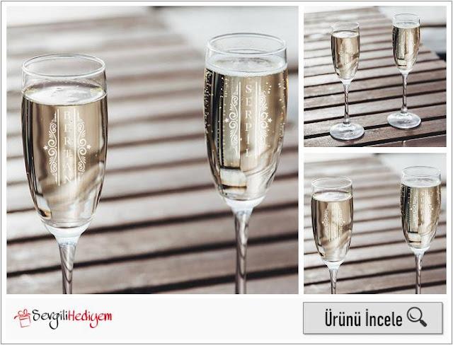 Sevgiliye Yılbaşı Hediyesi 2'li Şampanya Kadehi