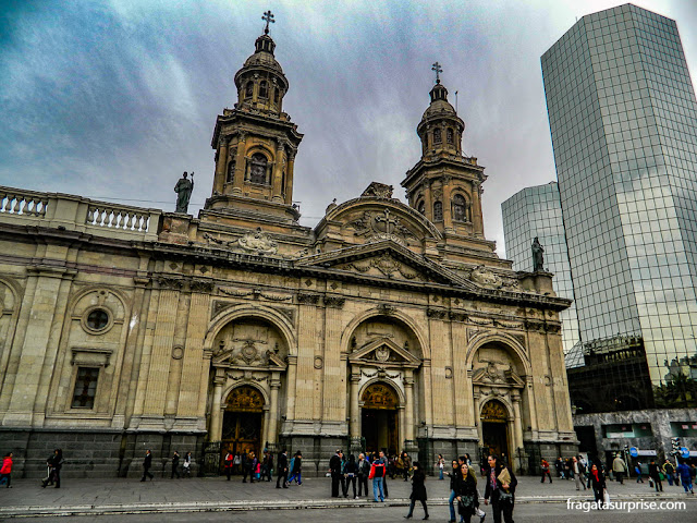 Catedral de Santiago do Chile, na Plaza de Armas