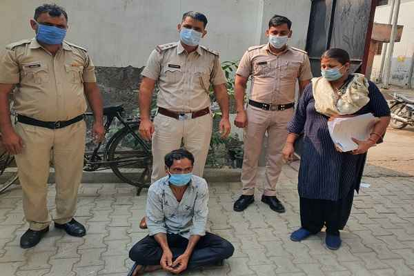 news-of-faridabad-dabua-colony-rape-accused-arrested-11-year