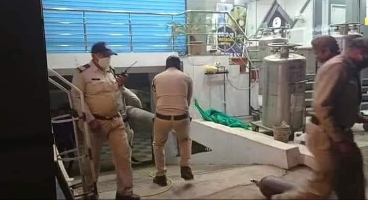 police ne pesh ki manavta ki mishal