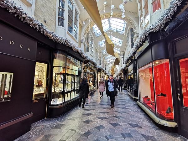 galerie-de-Shopping-Londra-Craciun