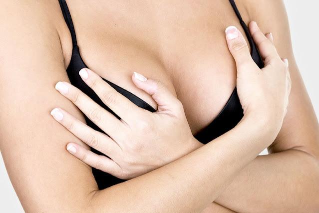 Quels sont les causes des vergetures des seins et comment les effacer naturellement
