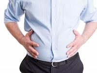 4 Cara Mengatasi Perut Kembung -