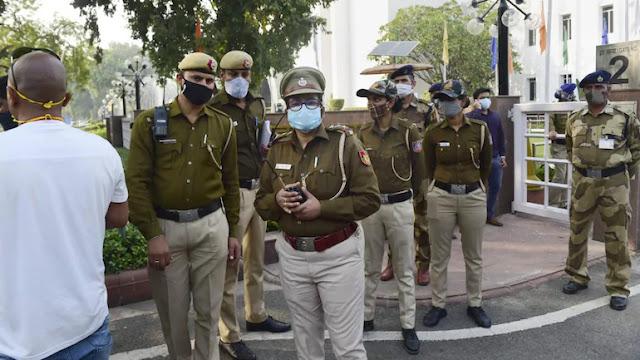 দিল্লীতে 'পাকিস্তান জিন্দাবাদ' স্লোগান উঠতেই ছুটে যেতে হল পুলিশকে