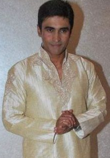 Mohnish Behl daughter, wife, age, marriage photos, movies and tv shows, family, death, mother, wiki, biography