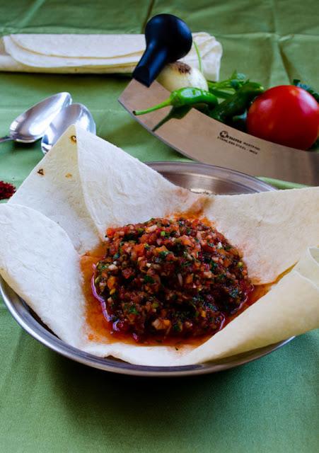 Turkish Spicy Ezme Salad Recipe