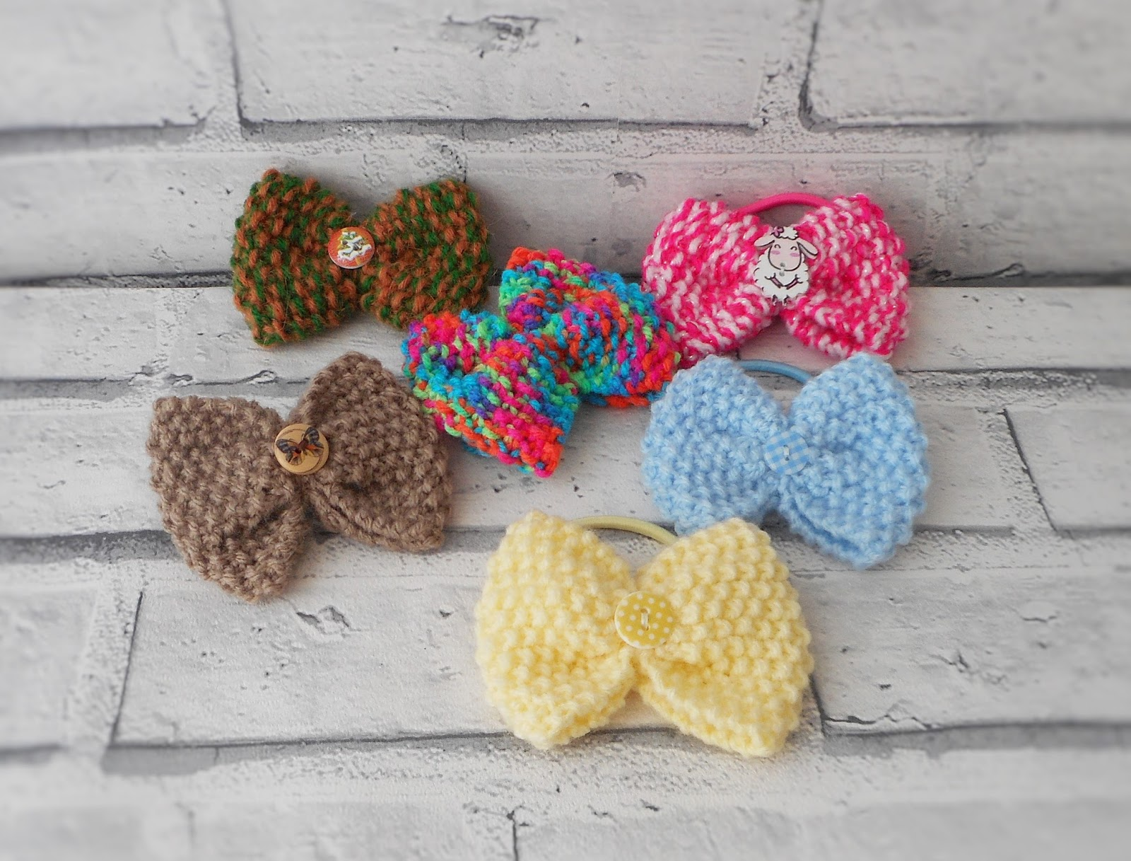Kwirky Knits UK: Knit a bow