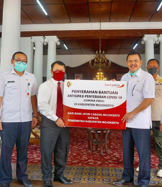 """Penerimaan Bantuan Logistik Pencegahan Covid-19 Dari Bank Jatim Cabang Mojokerto """"Sejuta Masker Kain Untuk Masyarakat"""""""