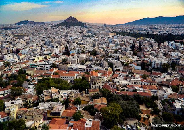 Atenas vista da Acrópole, com o Monte Licabeto ao fundo