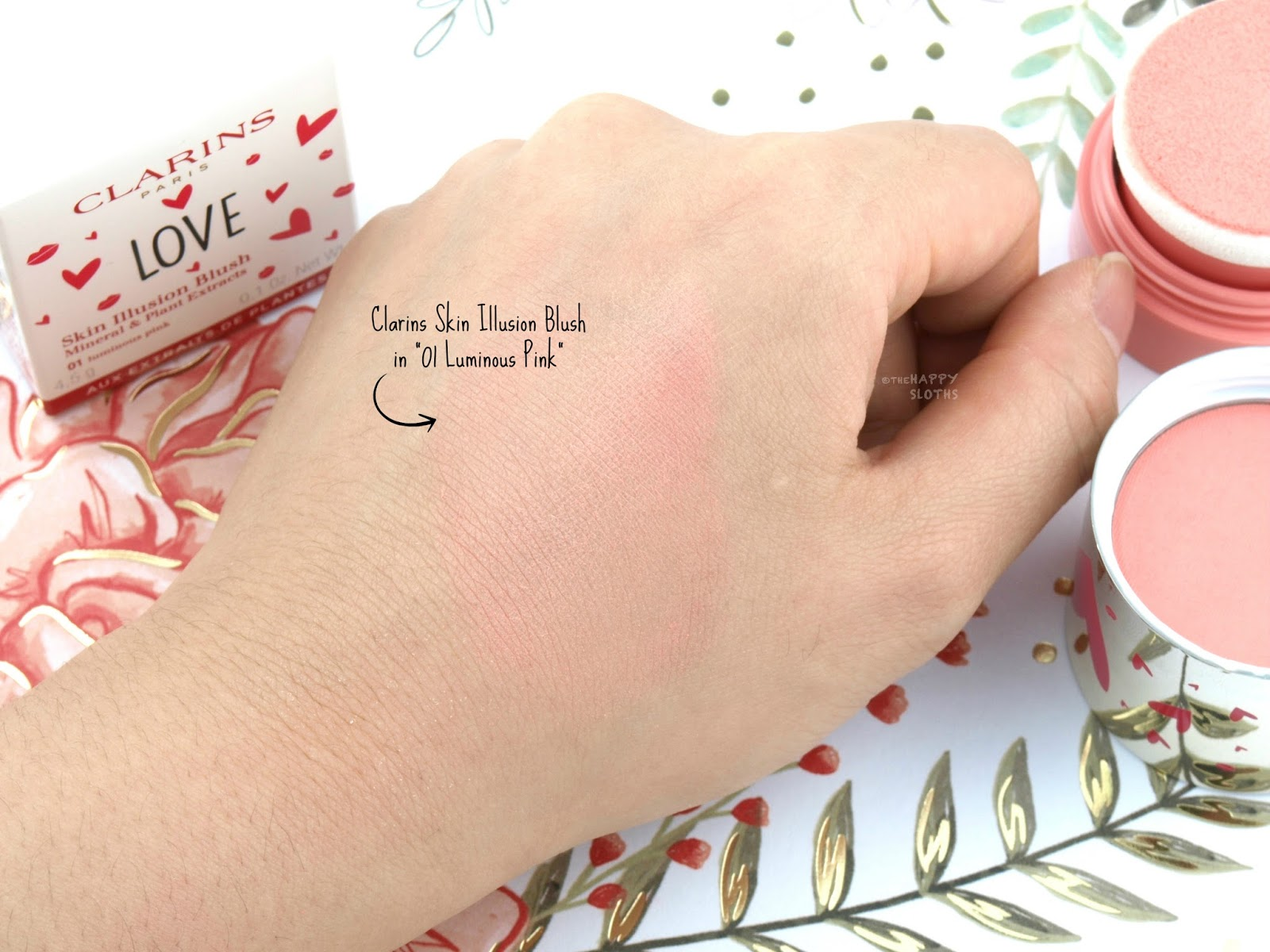 "Clarins Skin Illusion Blush in ""01 Luminous Pink"": Review and Swatches"