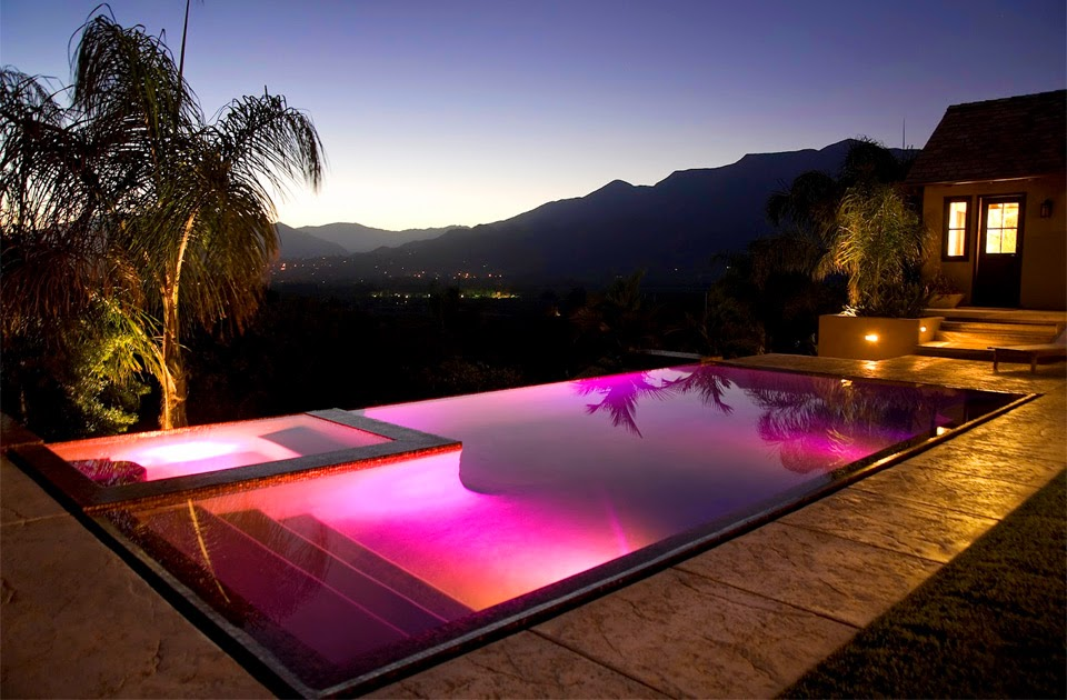 12 of the Coolest and Amazing Swimming Pools In The World