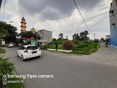 Lokasi Rumah Modern dilengkapi dengan Kolam Renang Pribadi di Jl. Amal Luhur Kapten Muslim Medan - Komplek Athome