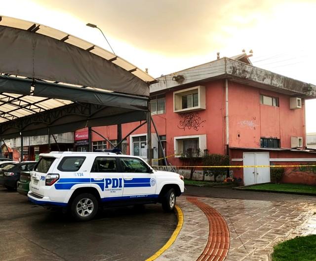 Hombre fallece en plaza de la ciudad de Río Negro