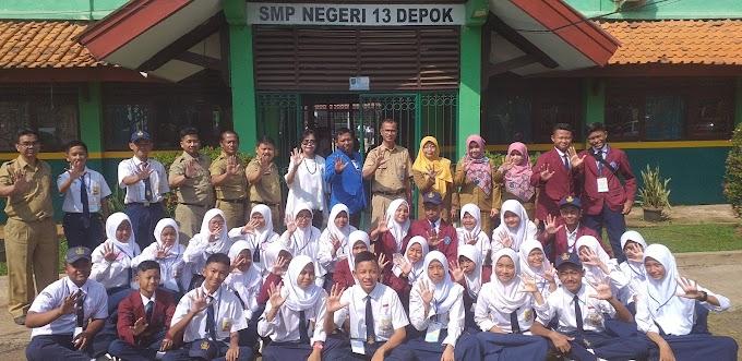 Kampanyekan Wasbang, Tim PPWK Sambangi SMP 13 Depok
