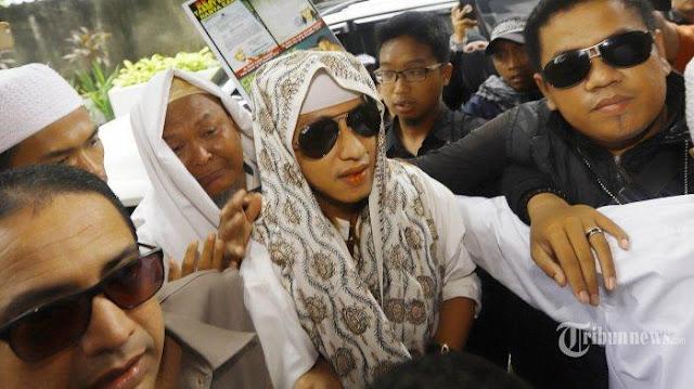 Diperiksa Selama 11 Jam, Habib Bahar Resmi Ditetapkan Tersangka