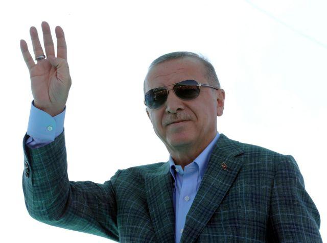 Ερντογάν: Στο ίδιο έργο θεατές