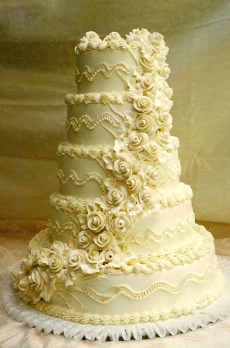 Carlo S Creations The Perfect Wedding Cakes Wedding Dresses And Cakes