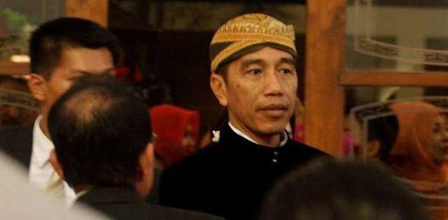 Bukan Soal Milenial, Pertanyaannya Kenapa Jokowi Menggemukkan Istana