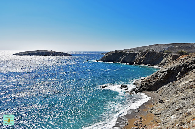 Playa Vitsentsou, isla de Folegandros (Grecia)