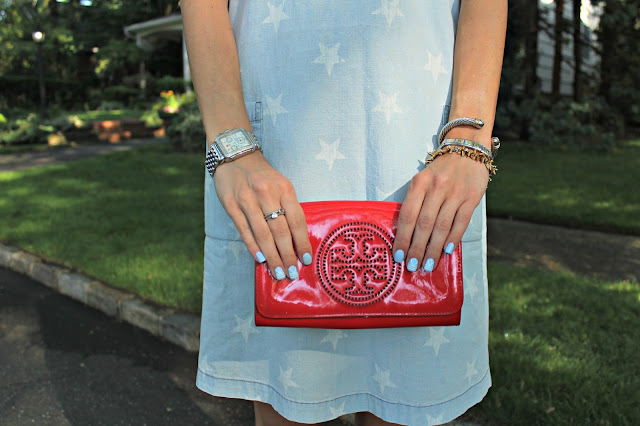 tory burch red clutch
